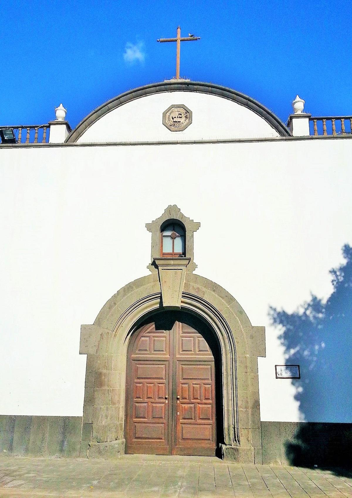 Fachada de la iglesia de San Ginés